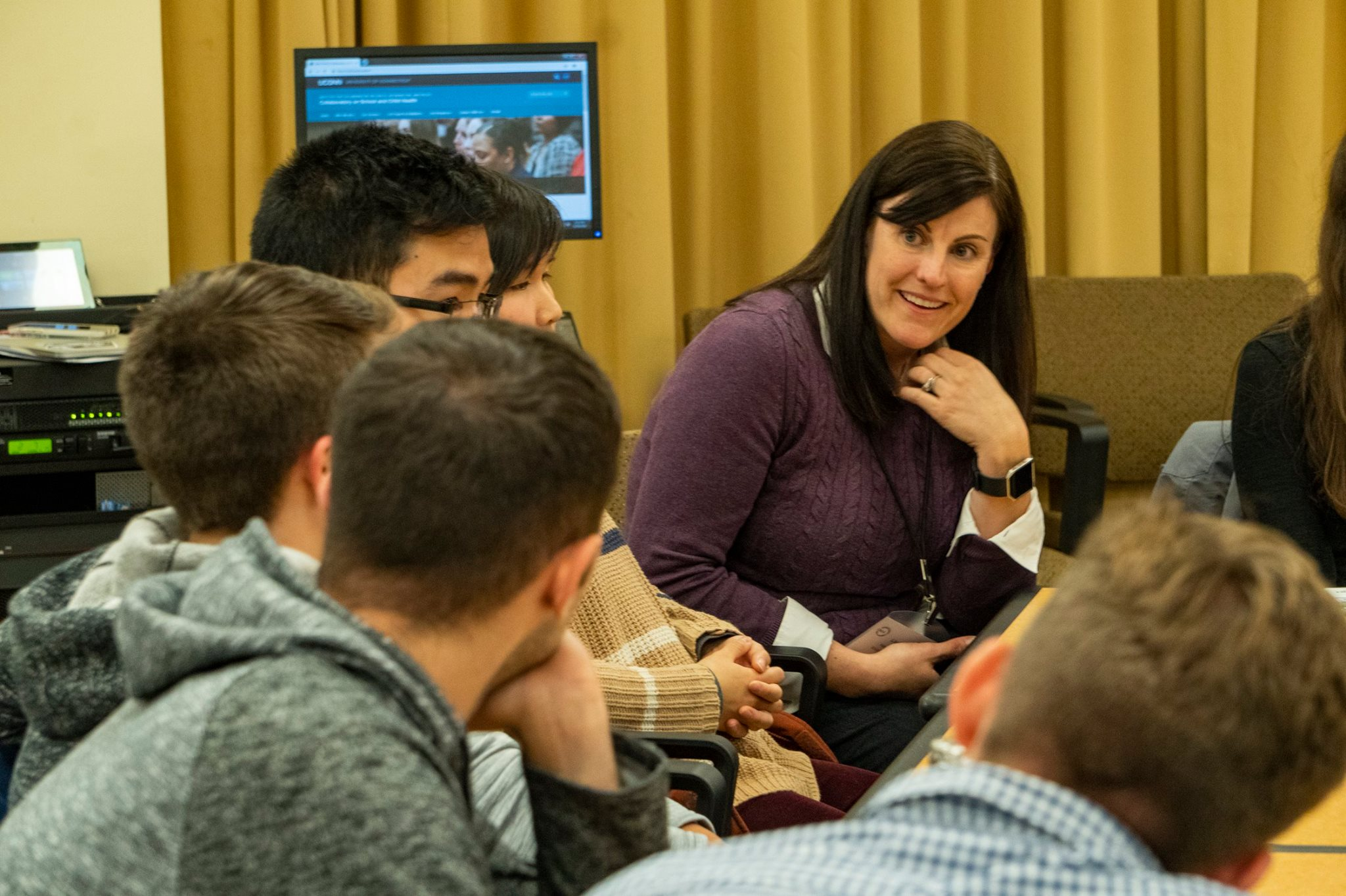 Lisa Sanetti in breakout session with UConn students